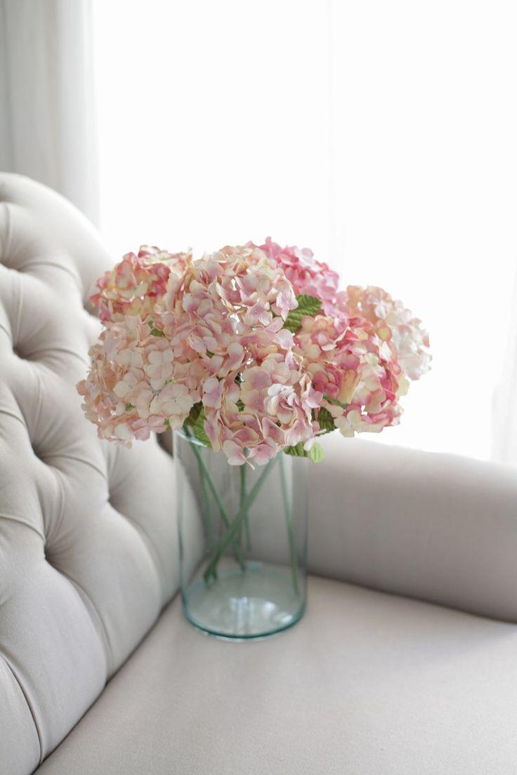 """■ รายละเอียด """"ดอกไม้ขนาดกลาง - สำหรับตกแต่งบ้าน"""" เพิ่มบรรยากาศอบอุ่นให้กับบ้านของคุณด้วยดอกไม้จากโพซี่ฟลาวเวอร์ เซ็ทดอกไม้หลากหลายให้คุณได้เ..."""