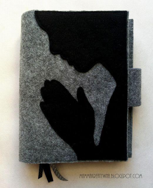Ręcznie szyte etui na Pismo święte. Filc z motywem modlitwy z zakładkami. Handmade sewing cover for Holy Bible from felt.