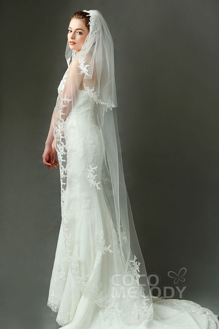 Queenly Two-tier Lace Edge Tulle Ivory 70*200*150cm Waltz Veils with Appliques #AV160023 #cocomelody #weddingveils
