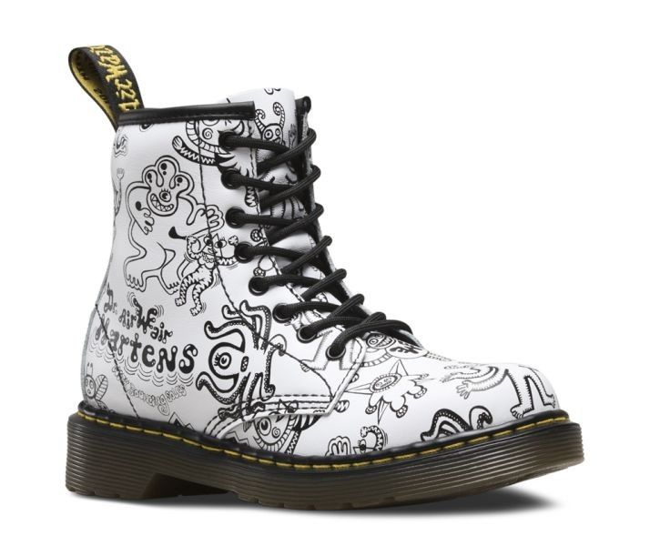Dr. Martens Delaney WHITE WIGGY WORLD SOFTY T - 28388