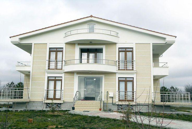 S.S. Ballıkpınar Yeşilvadi Konut Kooperatifi'nde 80 villanın kapı pencere üretim ve montajı devam ediyor.