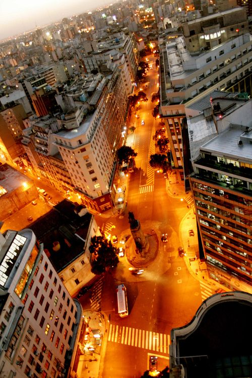 Nice view of Buenos Aires-Planning to visit this great city? You can reserve your apartment online  Visit us in http://www.idearental.com