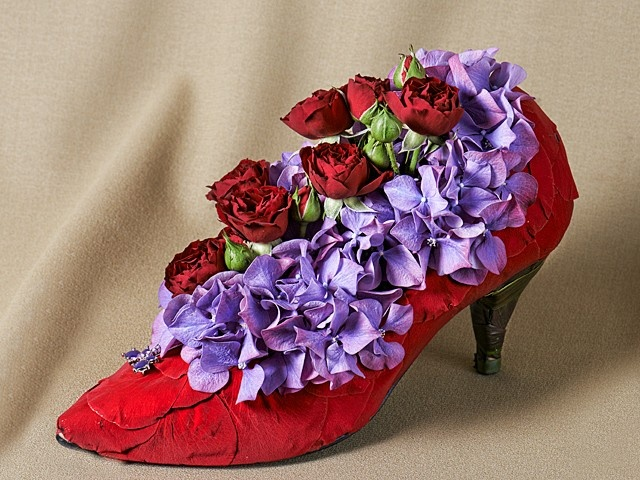 Stilletto - Mill Street Florist  Passionate about shoes, roses, romance or all of the above?   www.millstreetflorist.com