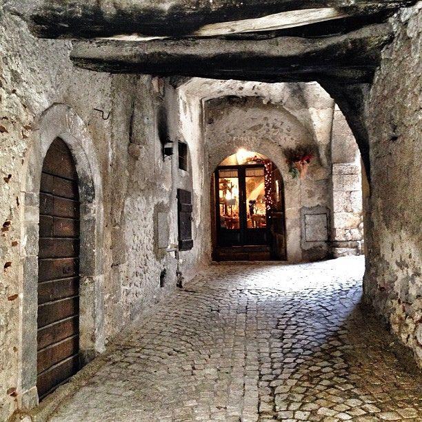 valscrapbook:  Santo Stefano di Sessanio, AQ #abruzzo by e n i k ő on Flickr.