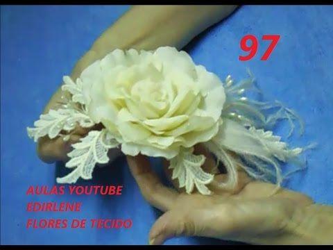 AULA 97: ARRANJO DE ROSA COM FOLHAS DE RENDA E PLUMAS