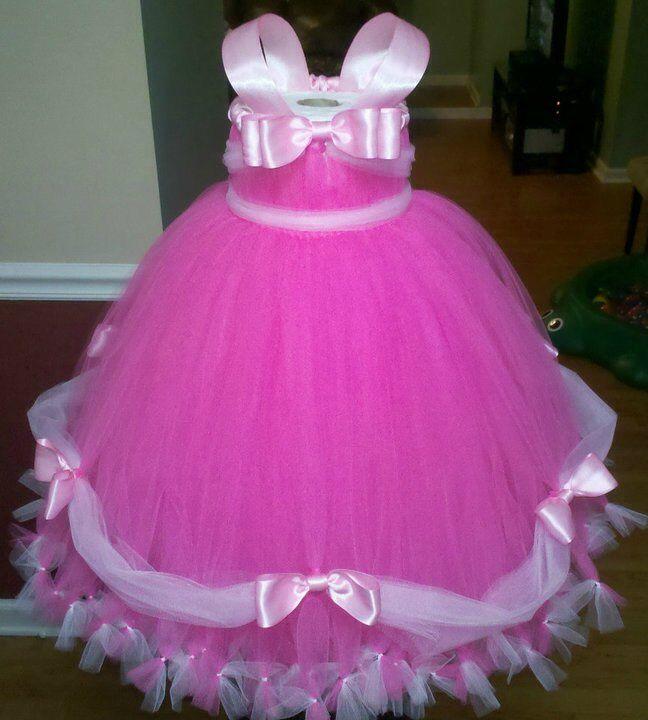 Aurora's costume