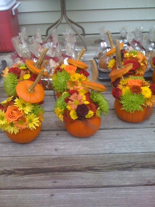 Used Pumkins And Flowers For An Outdoor Fall Wedding In A Barn That Was  Quite Like These Just Larger. Nice Fall Centerpieces LOVE THIS IDEA!