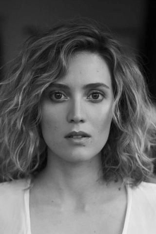 Evelyne Brochu ,comédienne