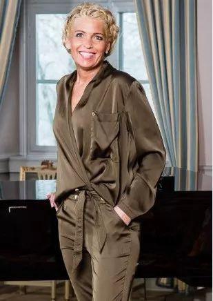 Barfota sateng bluse militærgrønn