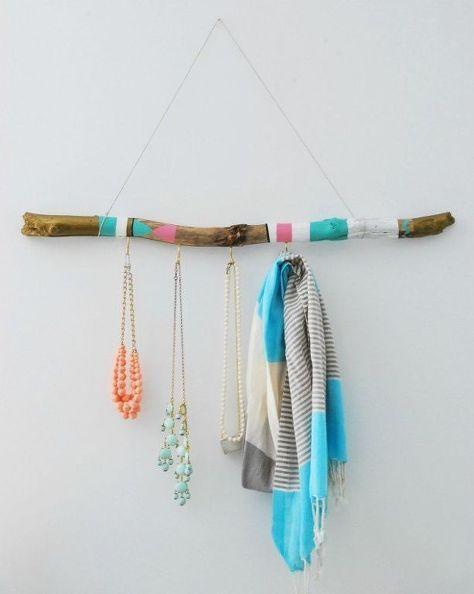 diy painted driftwood hanger, chalkboard paint, closet, crafts, home decor, organizing