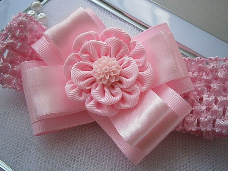 Crochet headband with Kanzashi flower bow/ by MARIASFLOWERPOWER