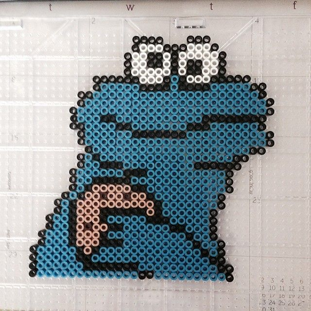 Cookie Monster perler beads by ashleygenza