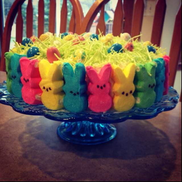 Lemon cake with raspberry filling! Vanilla frosting, edible grass and robin's egg candies! Happy Easter :)
