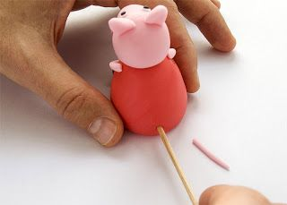How to make Peppa Pig fondant figurine by www.easy-recepti.com a great step by step photo guide you need 4 colors of cake makers sugarpaste (red, pink, white, black) , a small straw, a normal size straw, a stick (best use the one for meat on stick for barbecue)
