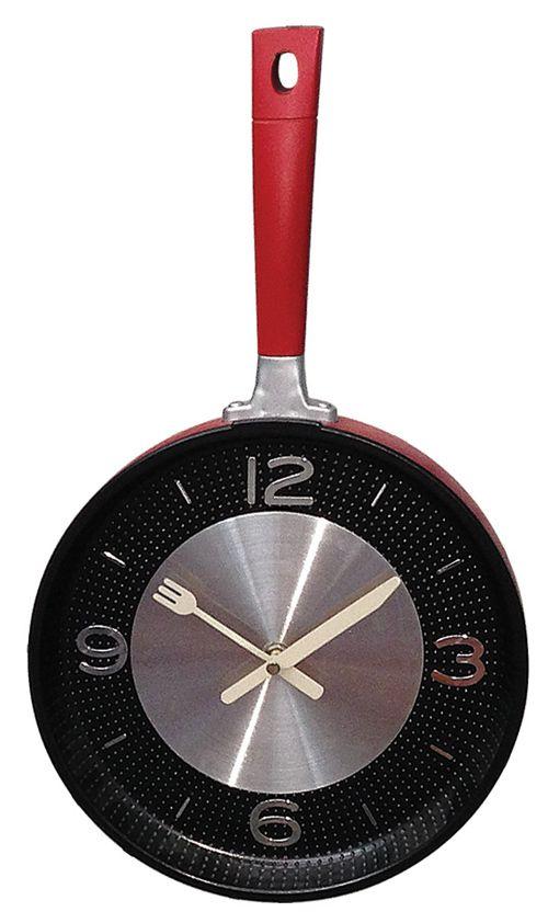 Kırmızı Metal Tava Duvar Saati  Ürün Bilgisi ;  Ürün maddesi : Metal Saat, akar saniye olduğu için sessiz çalışır Tek kalem pil ile çalışır Çok şık ve değişik bir ürün Kırmızı Metal Tava Duvar Saati Farklı tasarıma sahip olmak istiyenlere önerilir Mutfaklar için genel olarak kullanıma uygundur Ürün fotoğraftaki gibi olup orjinal paketinde gönderilmektedir