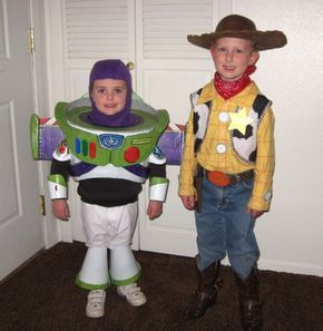 Father of the Year award would go to this guy if I didn't have it already. Coolest DIY Buzz costume ever.