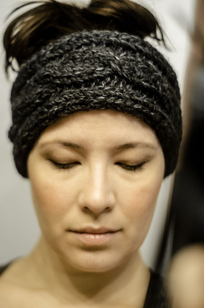 Winter Morning Headband knitting pattern by While They Play. Excellent patter...