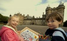 Drawing activities and trails for the Palace of Holyroodhouse