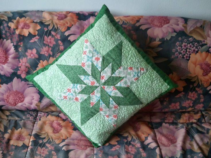 hobby e passioni racchiusi nel mio cassetto: Cuscino  patchwork - Patchwork pillow