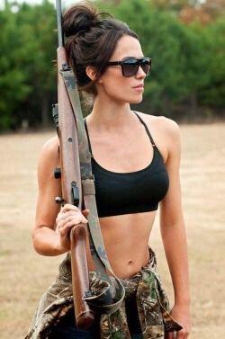 Just stuff i like, both hot guns and girls..