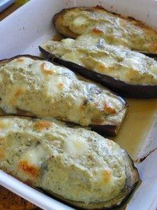 Pour mon Coup de Coeur du dimanche, une recette de Mimi ! Ingrédients : 2 aubergines 2 oignons 1 c à c de pâte d'ail 100 g de morbier 15 g de beurre demi-sel 4 petits-suisses 1 filet d'huile d'olive 2 pincées de piment d'espelette du thym Préparation:...
