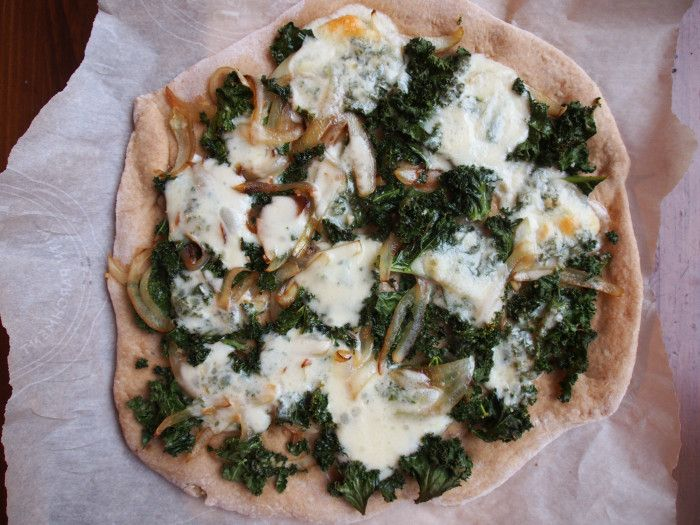The Conscious Dietitian | Winter Kale Pesto Whole Wheat Pizza and Sauteed Kale Onion Pizza | http://www.theconsciousdietitian.com