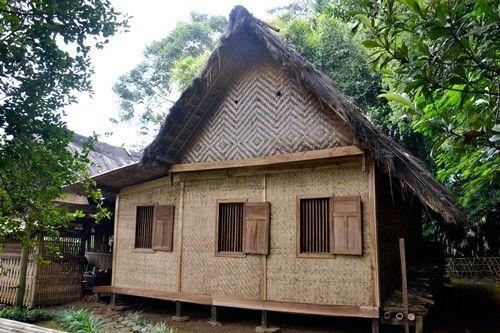 RUMAH ADAT SUNDA : Cikondang, Bandung - Jawa Barat