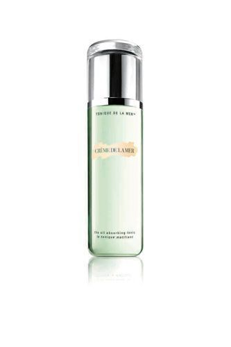 The algae in Crème de la Mer's Oil Absorbing Tonic soothes skin and reduces excess oil. £60