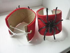 Make these Spiderman cuffs from toilet paper rolls
