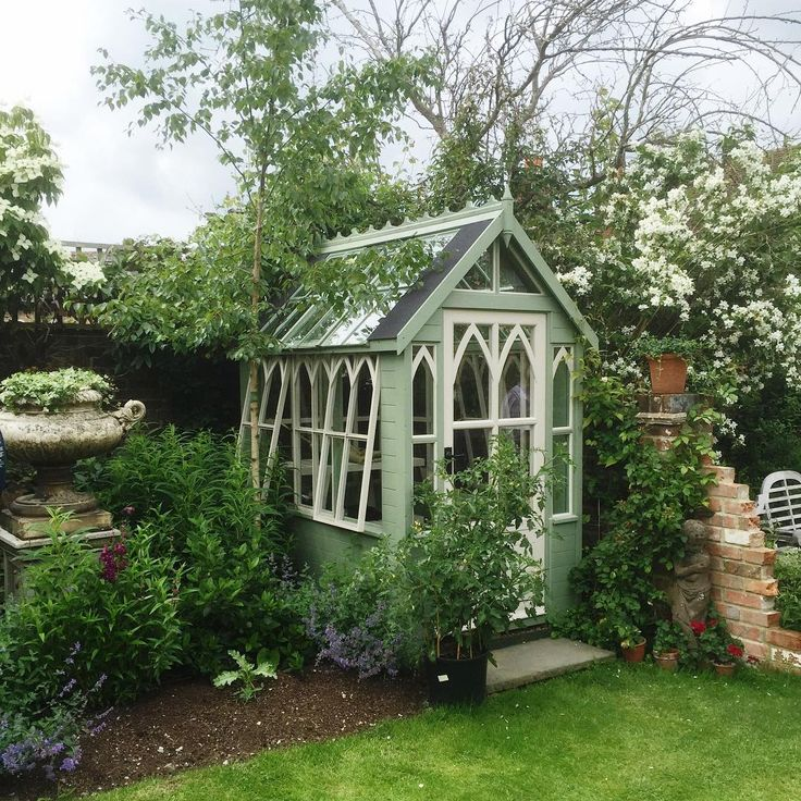 Small green potting shed | foundandfavour on Instagram