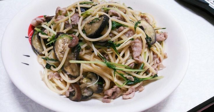水菜・茄子・豚肉の和風パスタ♪ by もののけのもっくん [クックパッド] 簡単おいしいみんなのレシピが236万品