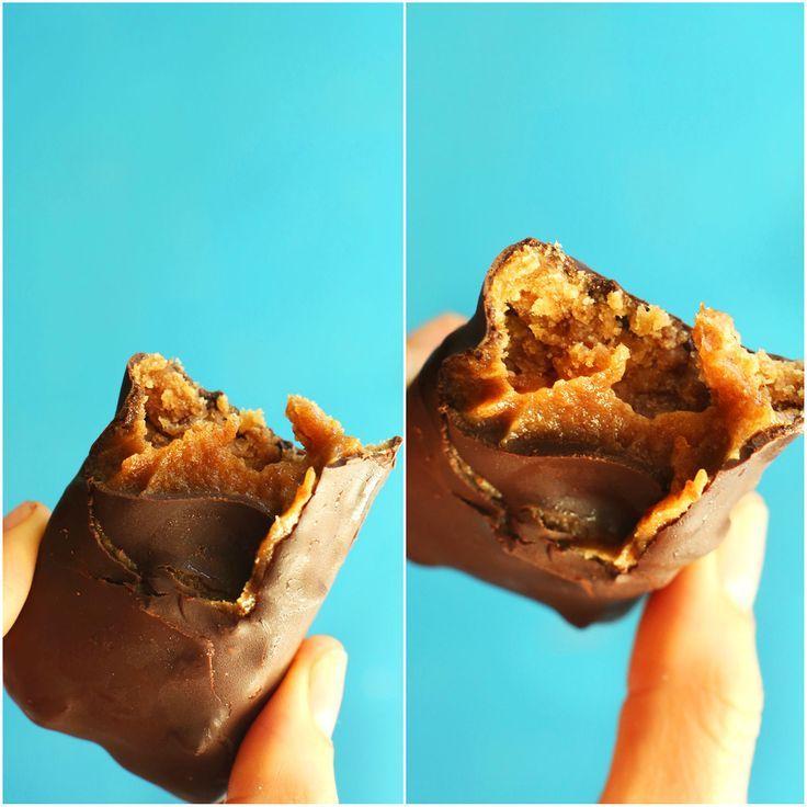 AMAZING Easy Vegan Milky Ways in 6 ingredients! No bake, easy, SO delicious! #vegan #glutenfree #milkyway #chocolate #recipe