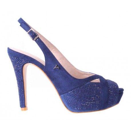 Zapatos de fiesta #VeronaFootwear Mod. 229392  Zapato de tacón de ante destalonado con pedrería. Color azul marino.  #veronashoes #shoes #zueco #flat #sandals #footwear #style #saturday #fashion #moda #elegance #look #outfit