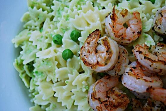Pasta with Pea Pesto and ShrimpSeafood Recipe, Foodie'S Pasta, Pesto Shrimp, Food Yumi, Entrees Seafood Fish, Pesto Pasta, Peas Pesto, Foodies Pasta, Food Drinks