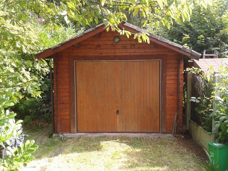 Une Maisonelle datant de 1996 ! Elle est utilisée comme garage depuis 18 ans !