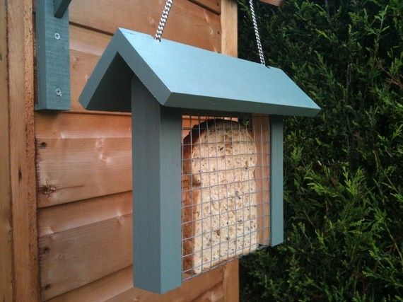 Toast Bird Feeder no worries about squirrels either! Bird House Ideas http://socialaffiliate.wix.com/bird-houses