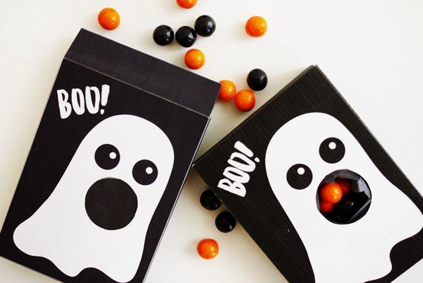 Comparte con tus amigos o familiares estas divertidas cajas de #Fantasma con el embalaje perfecto para guardar tus #Dulces favoritos o lo que gustes #Manualidades #Halloween