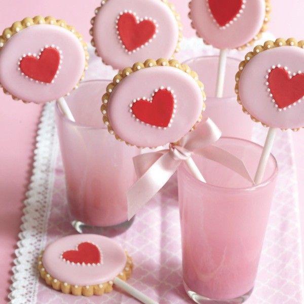 Wedding DIY: Peggy Porschen cookie pops recipe