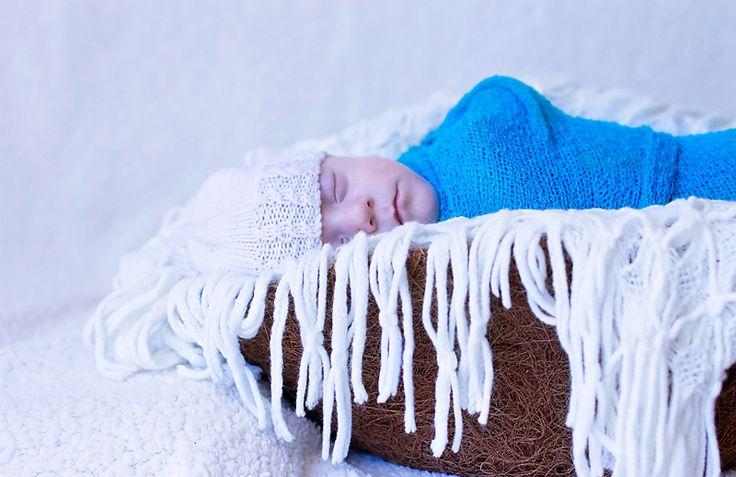 newborn#photography#creative#Cairns#baby  emmagphotos.com