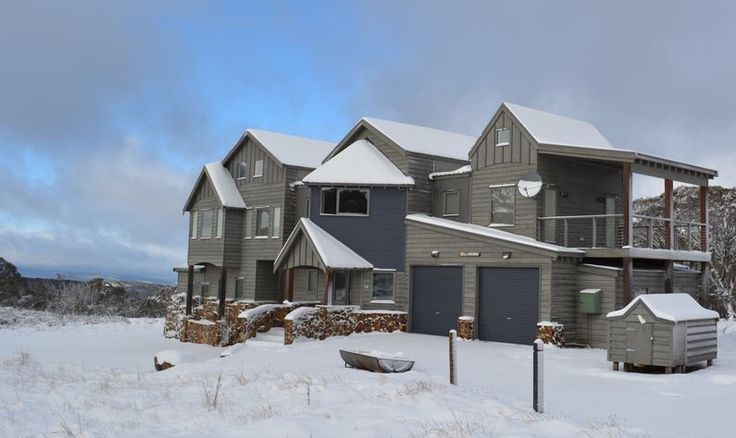 'Sellaronda' Stay in this amazing & spacious chalet in Dinner Plain this winter! www.alpine-getaways.com
