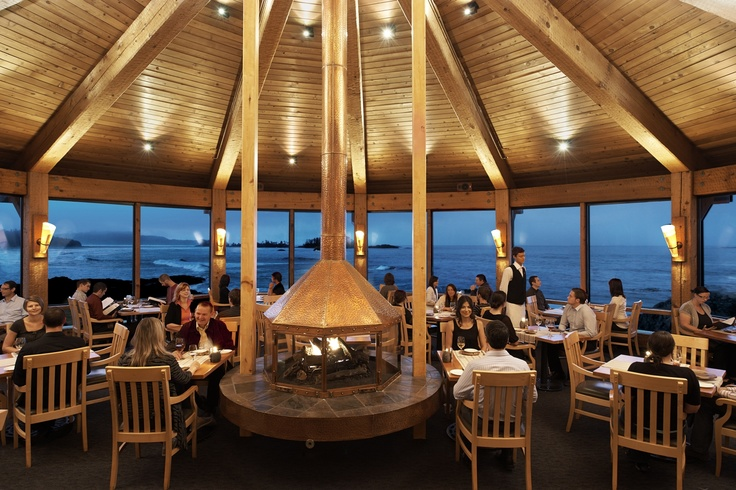 The Pointe Restaurant with its panoramic views, innovative west coast cuisine, eclectic wine menu, and world class service
