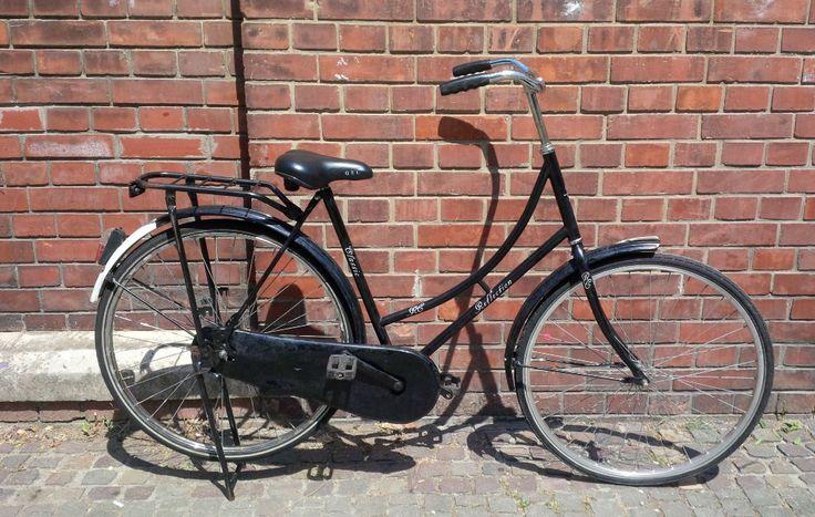 Bicicleta olandeza Reflection - pret 650 RON