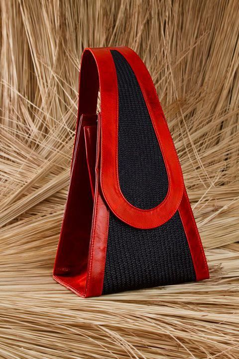 Black & Red handbags-demurebyj.com | Architect's Fashion