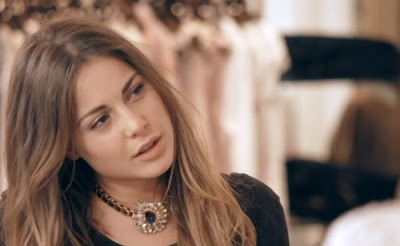 Louise Thompson - I am in love with this necklace...