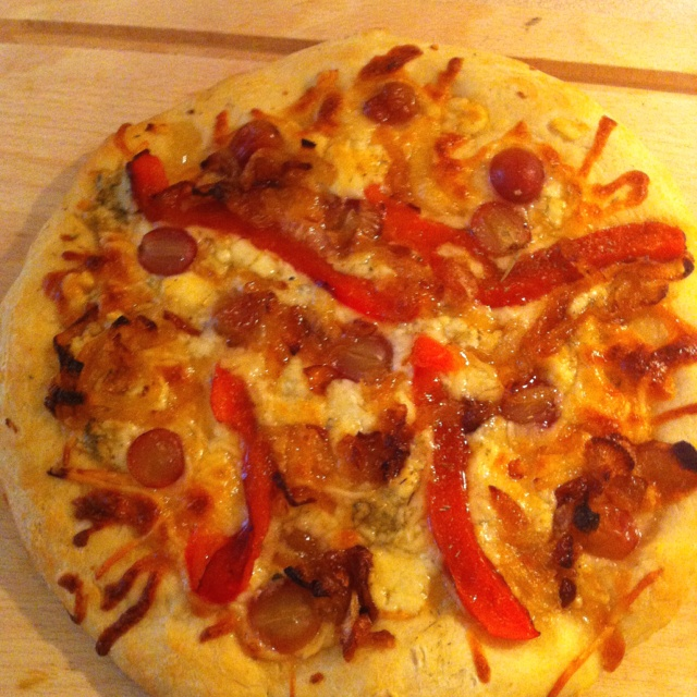 ... red grapes, roasted red peppers, and caramelized vidalia onions with a
