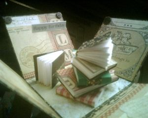 Exploding box for a book lover by: alessandra104