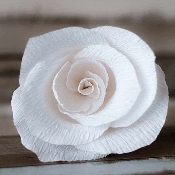 Product ID: M0014  We custom make handmade wedding favors. Paper flowers can be a very original wedding or baptism favor. Your guests will be mesmerized with it's beauty.  Impress! Be unique! Be creative!  We believe we can help you have the most amazing wedding! Call us!  See more at >> www.thediywedding.com