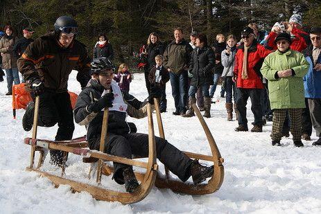 Schlittengaudi für Jedermann - Wettkampf mit Rodeln und Hornschlitten in #Baiersbronn, #Schwarzwald
