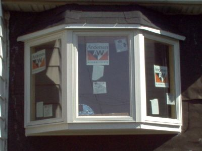 Constructing bay windows anderson 45 vinyl new for Compare new construction windows