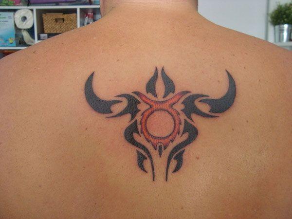 37 modèles de tatouage de taureau - 16